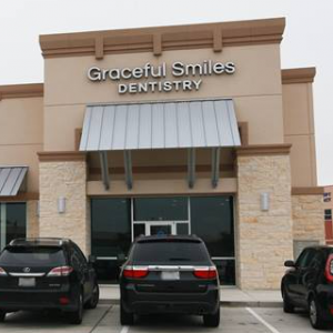 Richmond-TX-Dentist-Office-GracefulSmilesDentistry